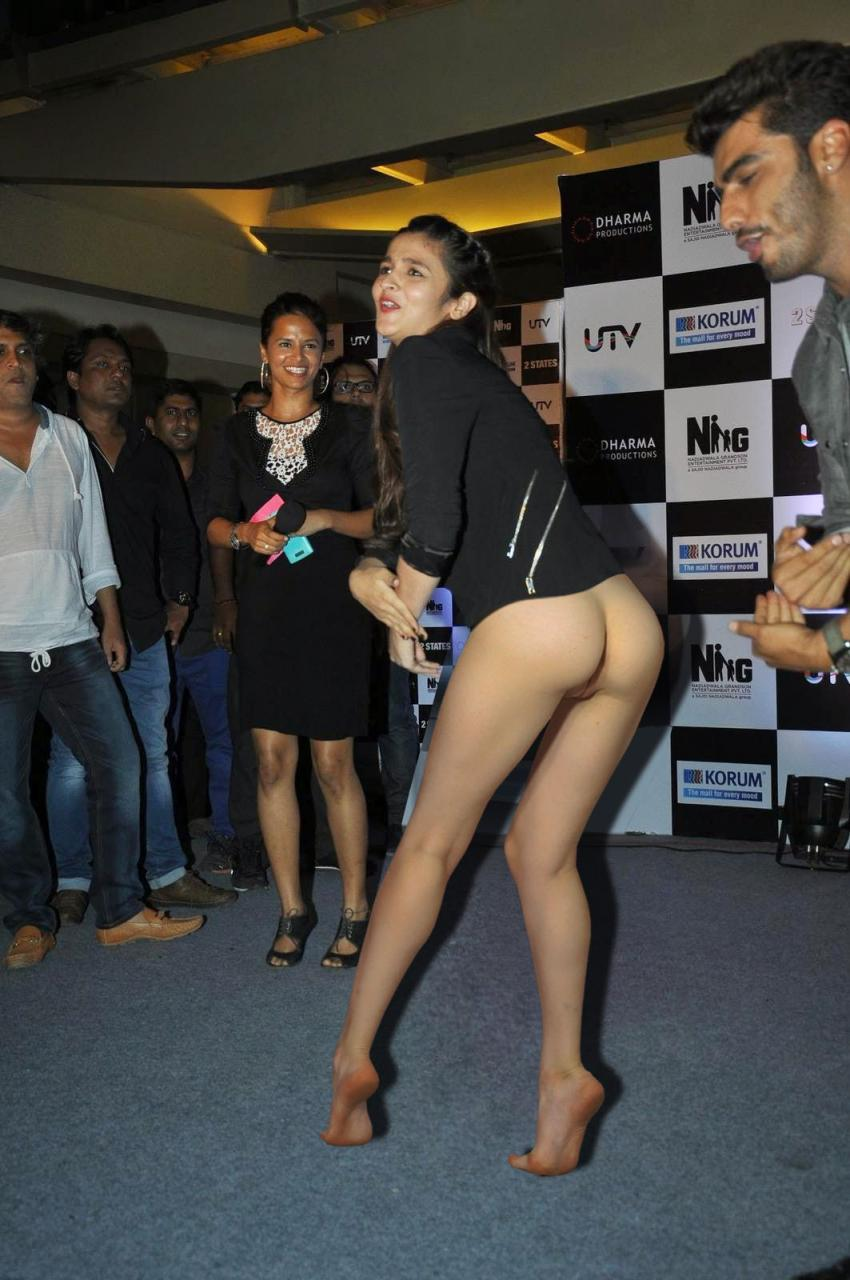 Alia Bhatt nude actress boobs pictures