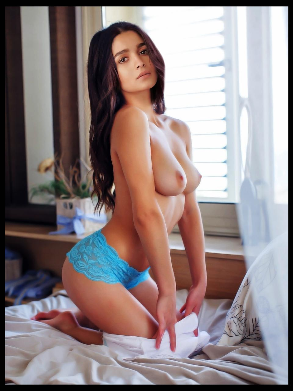 Alia Bhatt Topless Posing Her Boobs images