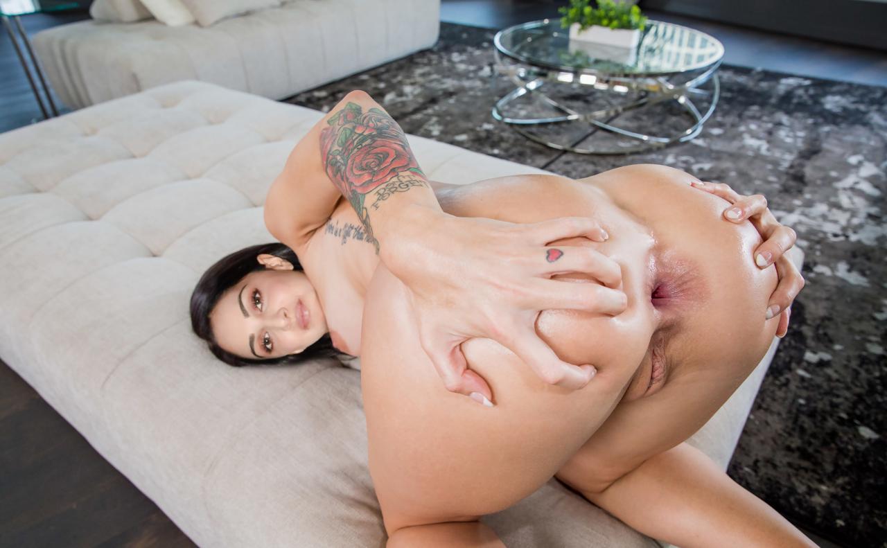 Kiara Advani nude sexy sex Images