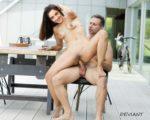 Kiara Advani Nude Showing her Boobs n Pussy Fake
