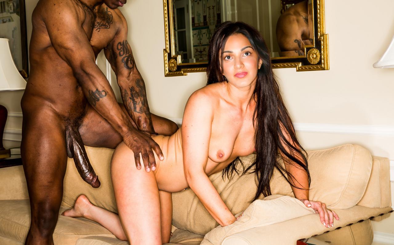 Kiara Advani xxx sexy photos